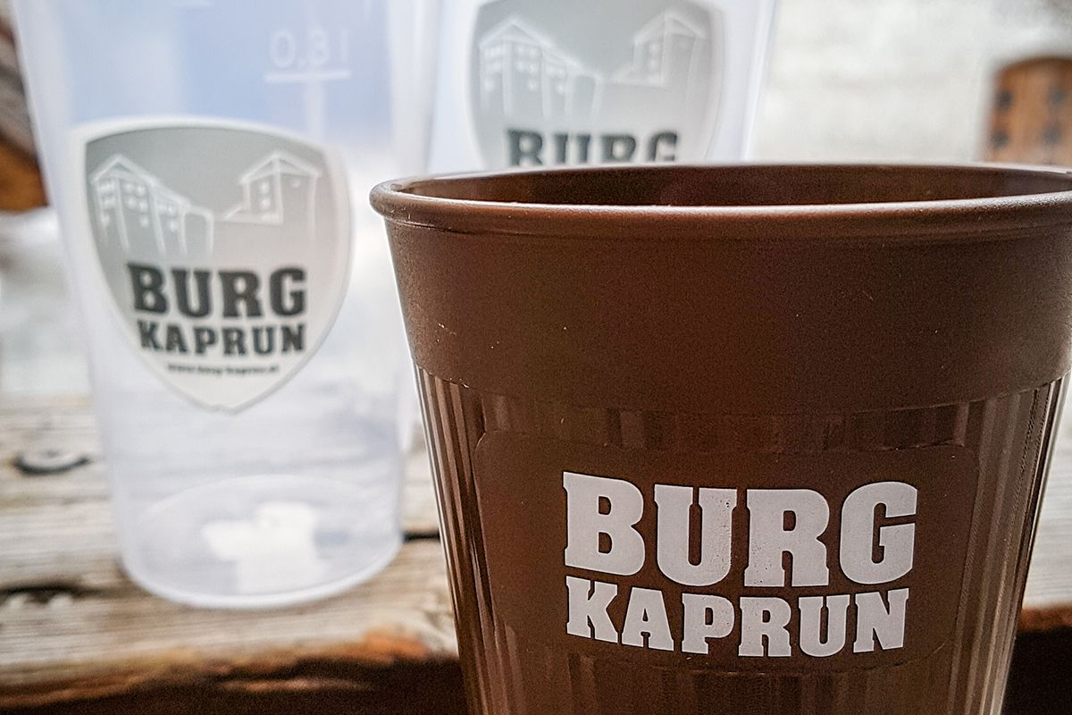 Burg Kaprun - Mehrwegbecher mit Branding